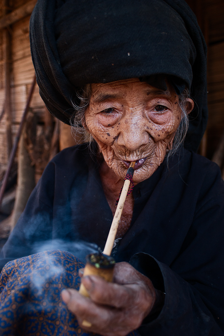 104_year_old_burmese_lady.  Photo © Konstantino Hatzisarros 2010