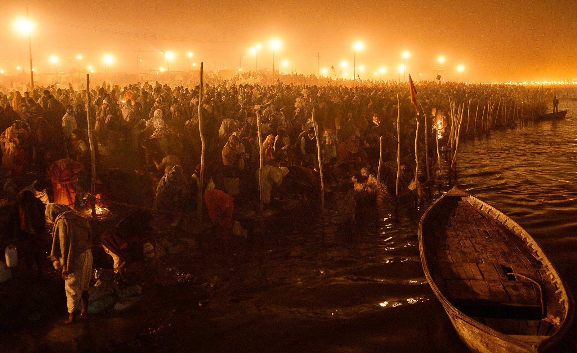 millions of Hindu pilgrims at Ganges River, Kumbh Mela, Allahabad, India Photo © Konstantino Hatzisarros 2010