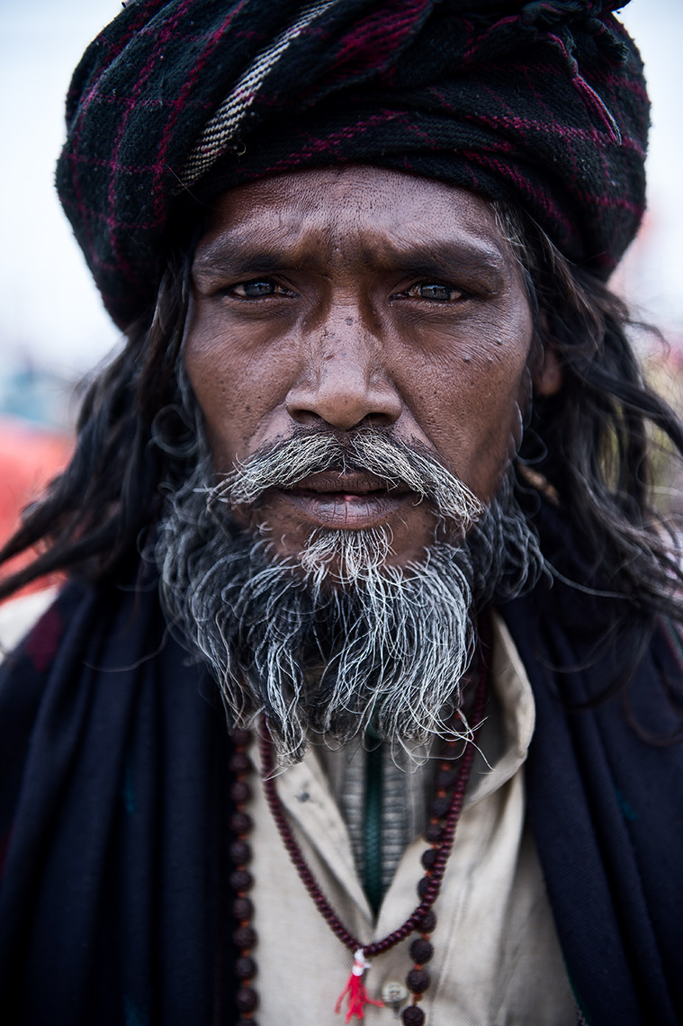 portrait-of-a-hindu-pilgrim-in-kumbh-mela-allahabad-india