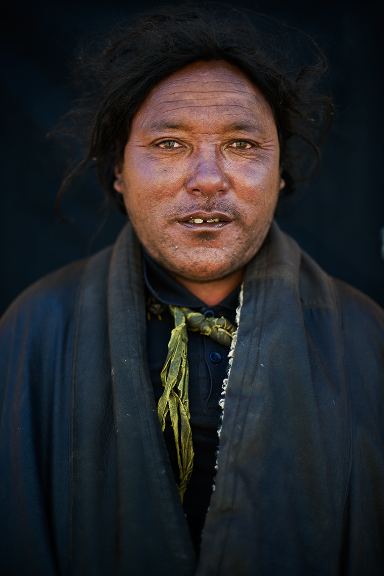Tibetan man in Serxu. Photo © Konstantino Hatzisarros 2012