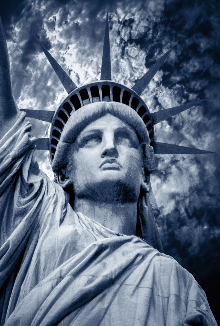 the_statue_of_liberty_new_york_postcard