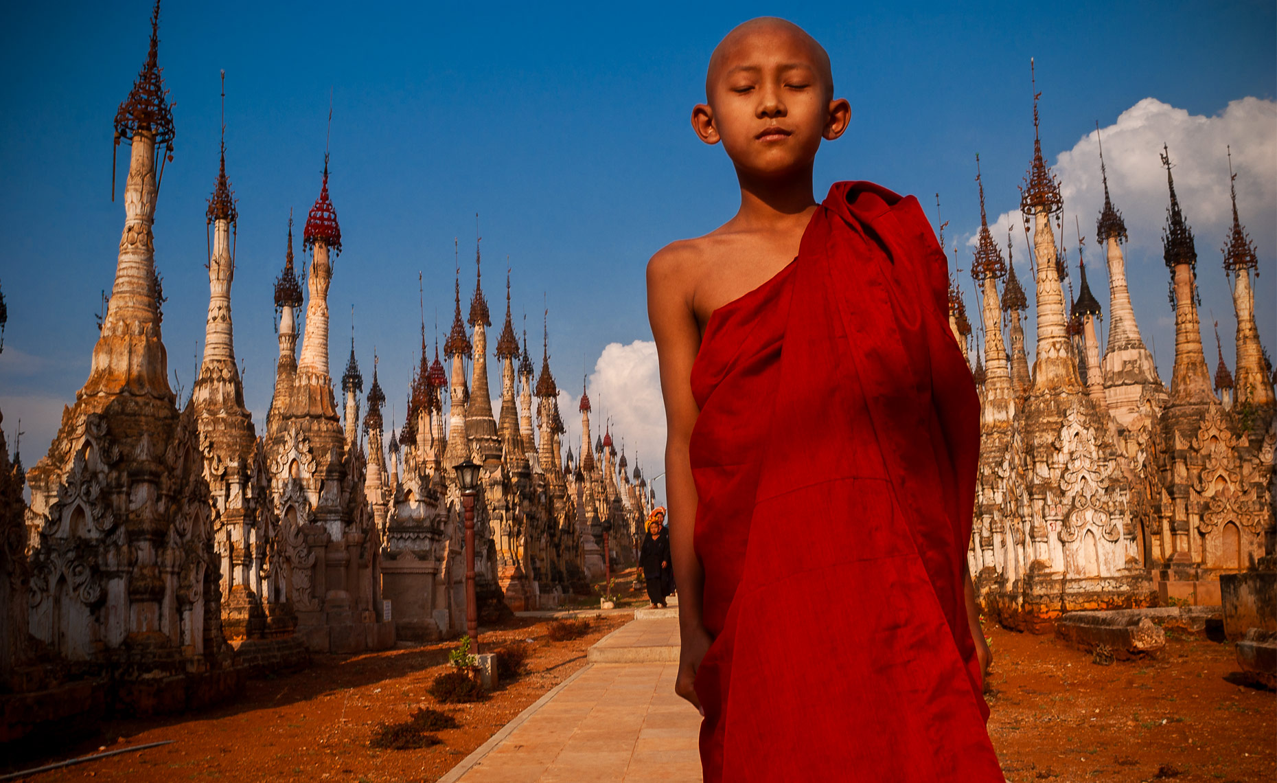 young-buddhist-monk-in-kekku-burma-myanmar